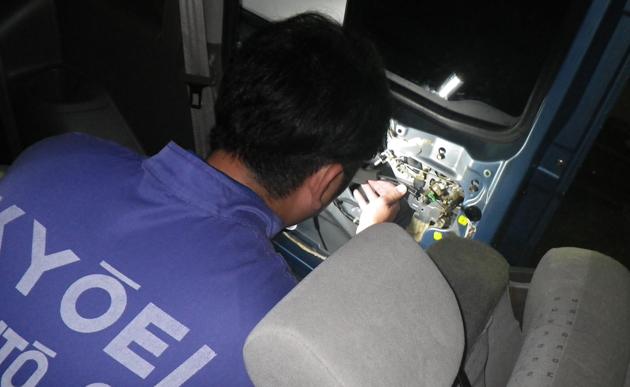 福祉車両・介護車両の送迎車両のドアの開閉故障部位
